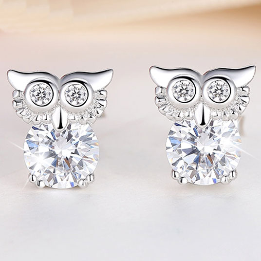 Fashion Retro Cute Owl Blinking Crystal Diamond Bordered Silver Women Earring Studs